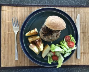 Dunrobin Valley Beef Burgers