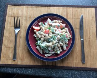 Dunrobin Valley Pasta with Chickpeas, Tomato & Rocket